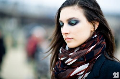 1783-Le-21eme-Adam-Katz-Sinding-Jacquelyn-Jablonski-Paris-Fashion-Week-Fall-Winter-2012-2013-New-York-City-Street-Style-Fashion-Blog_21E1528-920x612